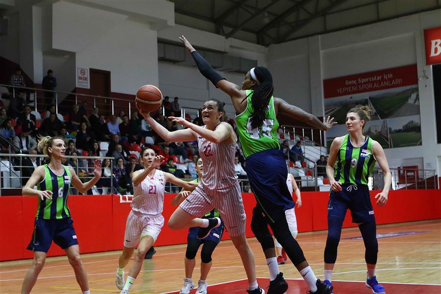 f75d828fb03b6 Ligi'nde mücadele eden Bayraklı Belediyesi Kadın Basketbol Takımı 30 maçlık  zorlu lig serüvenini 49 puanla 4'üncü sırada tamamlayarak play off oynama  hakkı ...